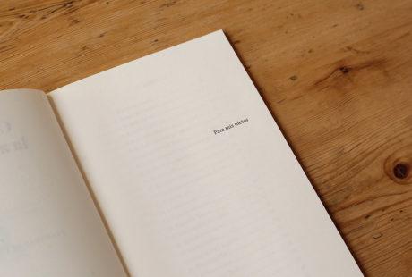 Foto de la dedicatoria de un libro.
